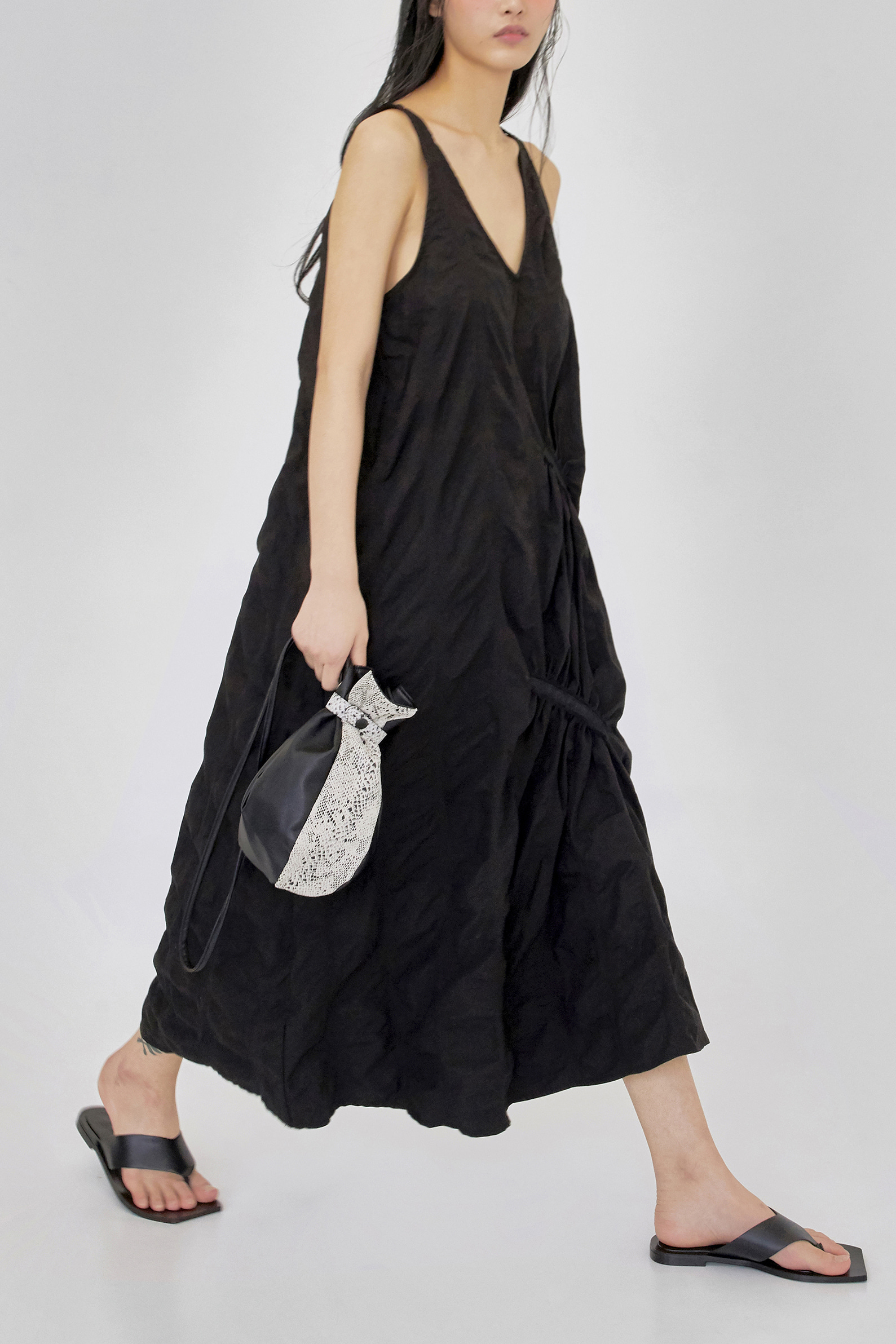 ripple dress (black)